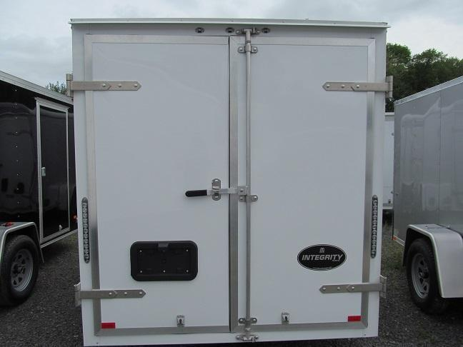 Integrity Trailers HL 6 X 10 Cargo / Enclosed Trailer