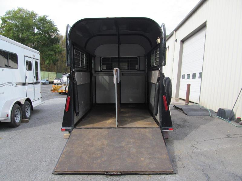 2006 Kingston TB Deluxe 2 Horse w/ DR Horse Trailer