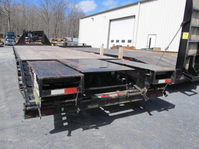 2014 Sure-Trac 10 Ton Gooseneck Equipment Trailer