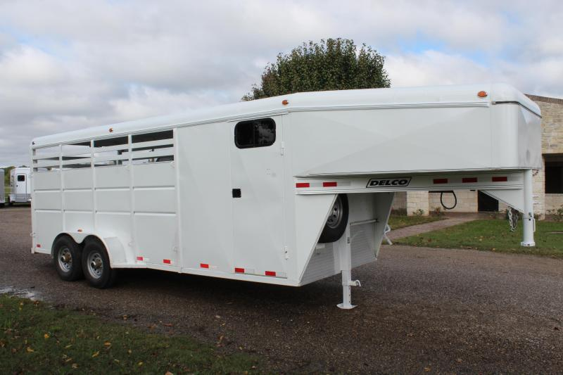 2016 Delco 4 Horse Stock Combo with Front Tack Room Livestock Trailer