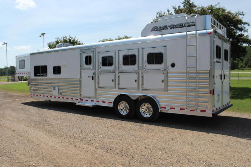 2019 Elite 4 Horse 12.8ft Shortwall with Generator