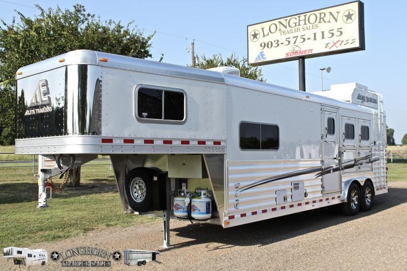 2019 Elite 3 Horse 10.8'' Shortwall with Generator