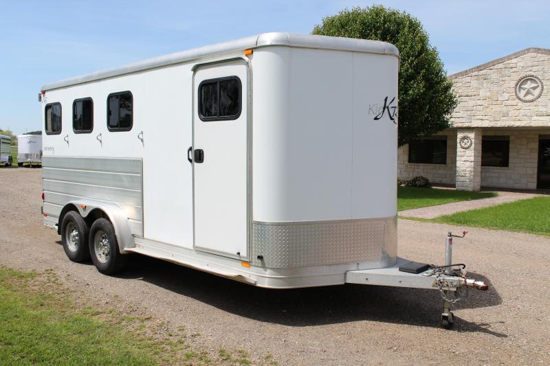 2007 Kiefer Built 3 Horse Bumper Pull with Front and Rear Tack