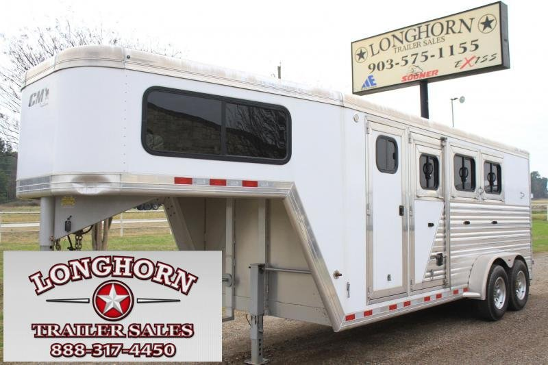 2014 CM 3 Horse Gooseneck with 4ft Tack Room