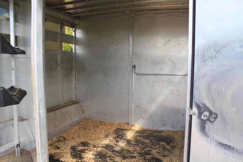 2004 Sooner 2 Horse Stock Combo / 10 Lq