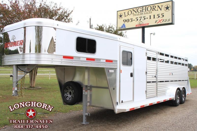 2019 Sooner 24ft Show Cattle Combo w/ 4 pen System/ Side & Rear Ramp  in Ashburn, VA