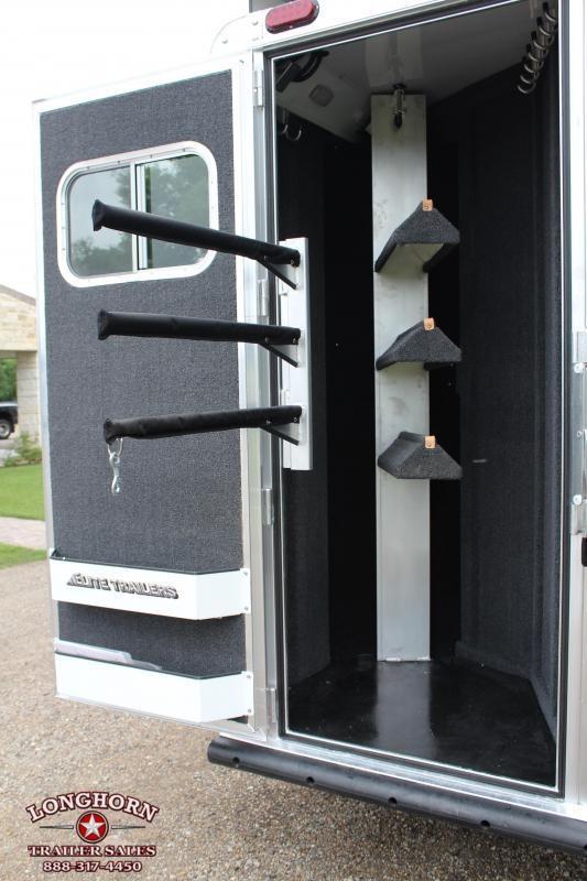 2020 Elite 3 Horse 14ft Living Quarter with Slide Out