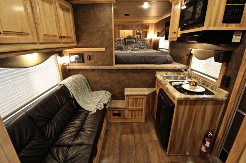 2019 Exiss 8.5ft Shortwall Stock Living Quarter with Generator