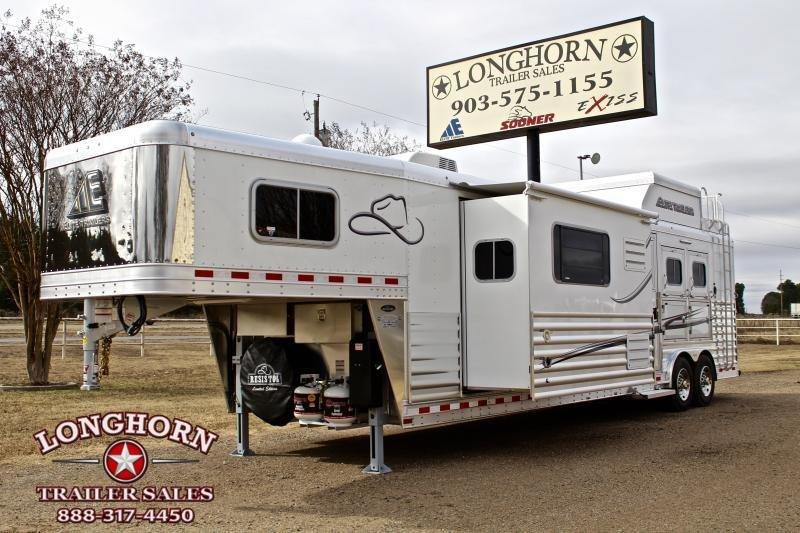2019 Elite 3 Horse 15ft Shortwall Resistol Edition  in Ashburn, VA