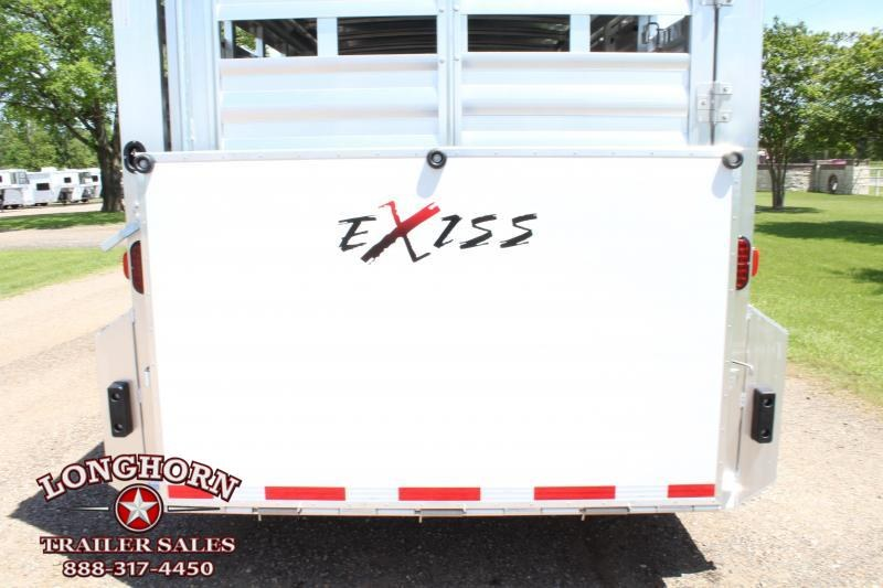 2019 Exiss 24ft Show Cattle Combo w/ 4 pen System/ Side & Rear Ramp