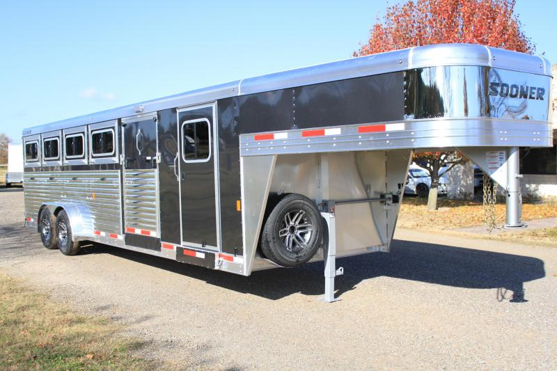 2019 Sooner 10 Pen Low Pro with 6ft Tack and Side Ramp