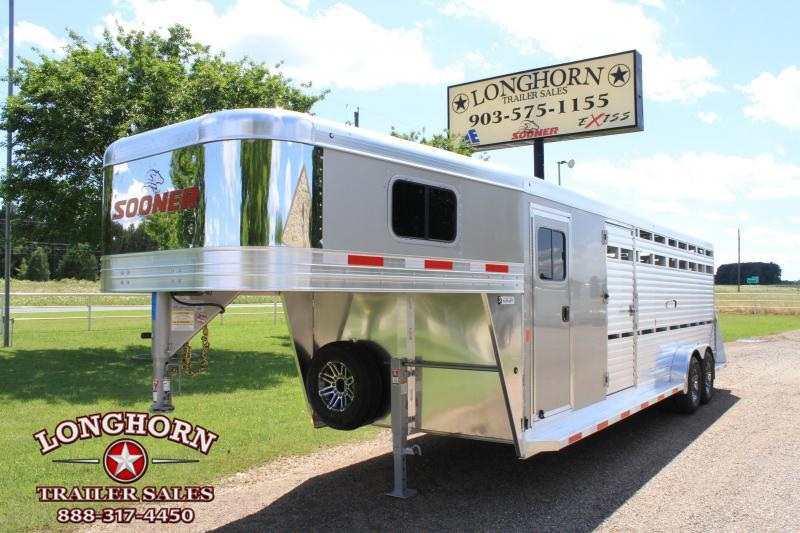 2019 Sooner 24ft Show Cattle Combo w/ 4 pen System/ Side & Rear Ramp