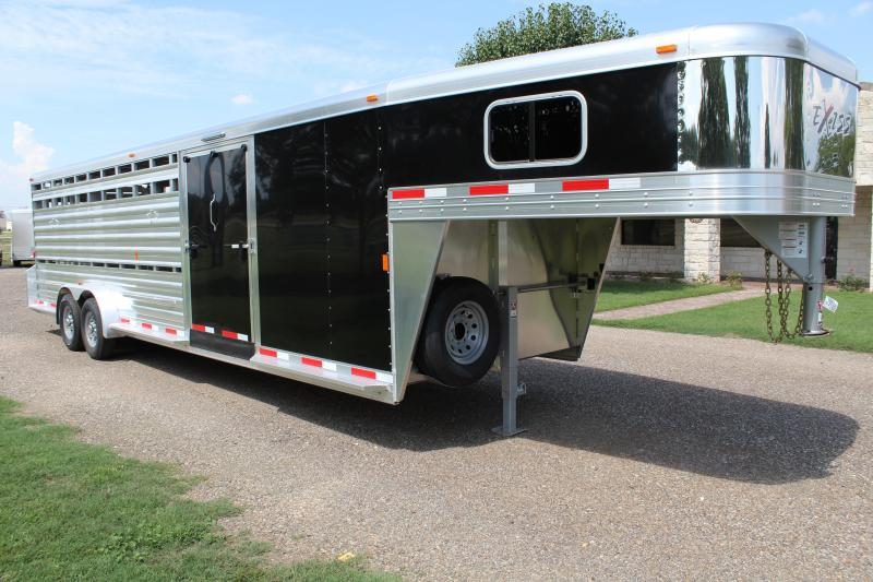 2018 Exiss 28FT Stock Combo with Side Ramp Show Cattle