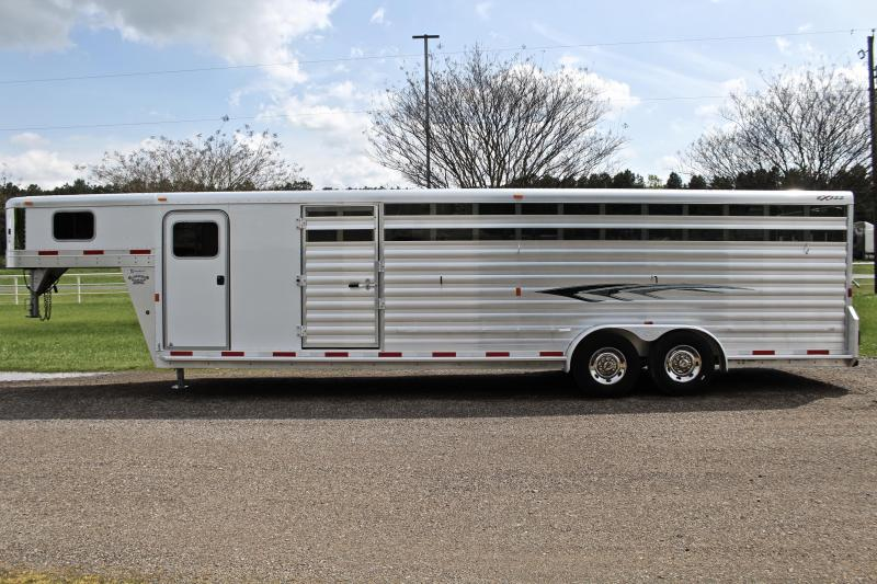 2015 Exiss 28ft Show Cattle with 6ft Tack Room