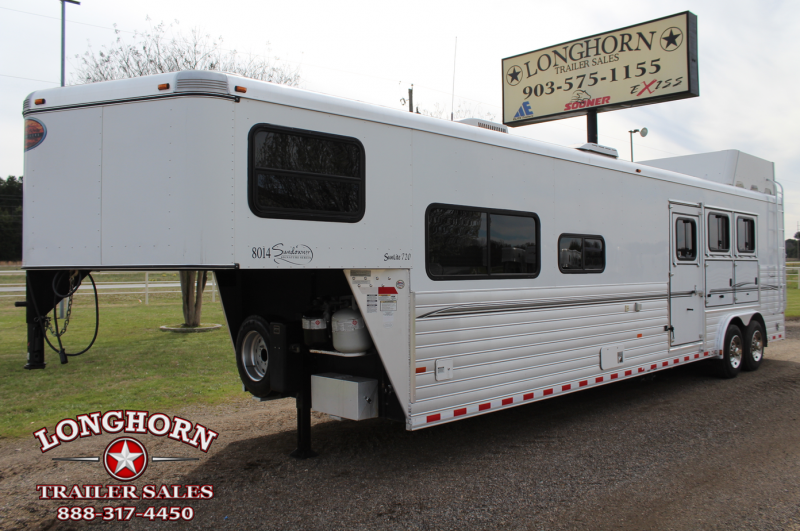 2009 Sundowner 3 Horse 14ft LQ Signature Series