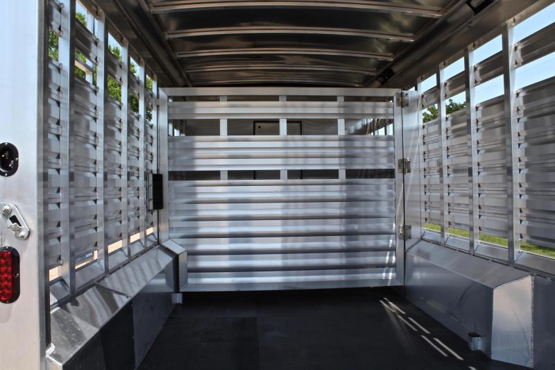 2019 Exiss 10.5ft Shortwall Stock Living Quarter w/ Bunk & Generator