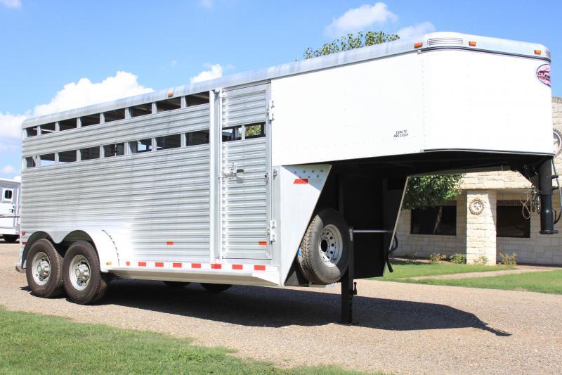 2007 Sundowner Trailers 16 Stock Livestock Trailer