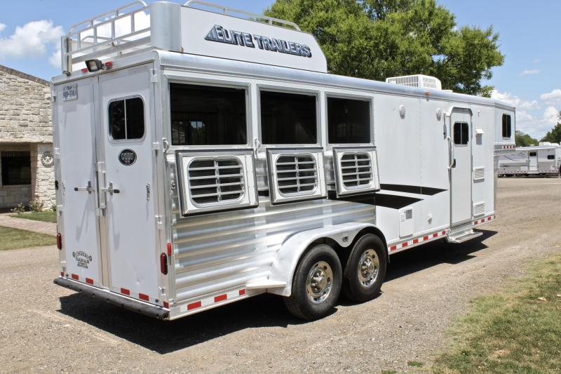 2012 Elite 3 Horse 8.8ft Shortwall with Hayrack