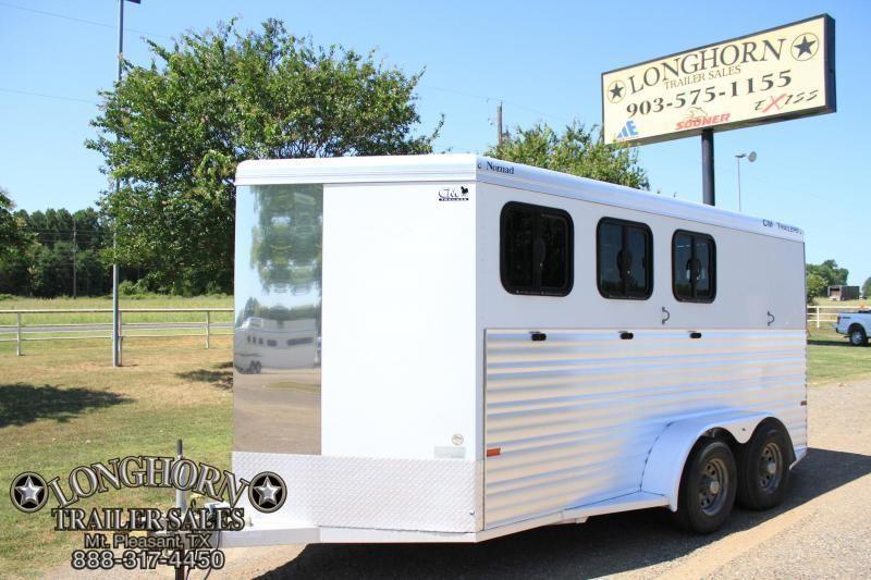 2012 CM 3 Horse Bumper pull / Front Tack