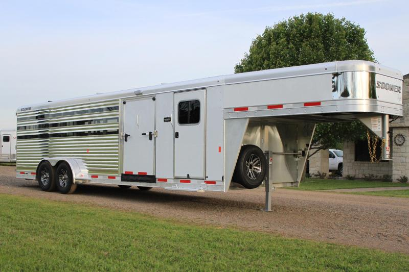 2019 Sooner Select Low Pro with 6ft Tack Room and Side Ramp