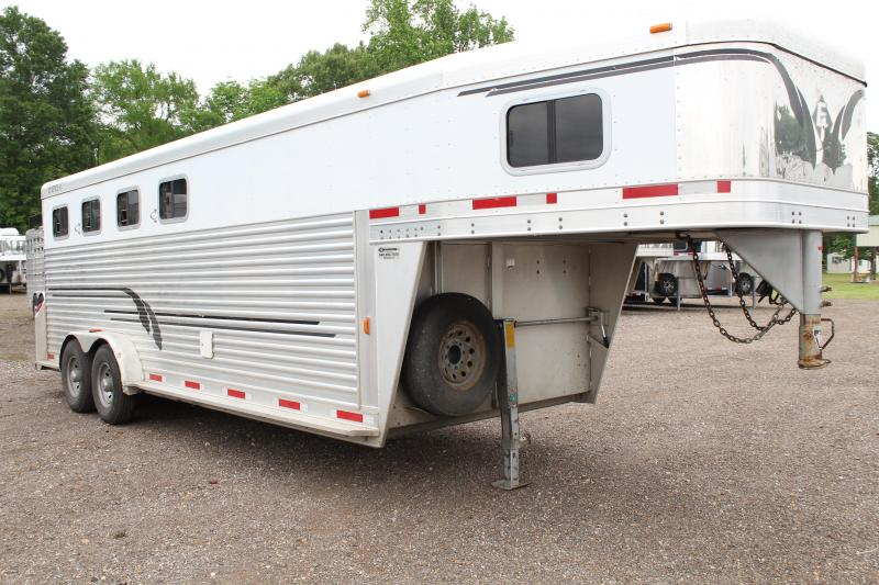 2003 Exiss Express (HEAVY BUILT) 4 Horse with Front Tack