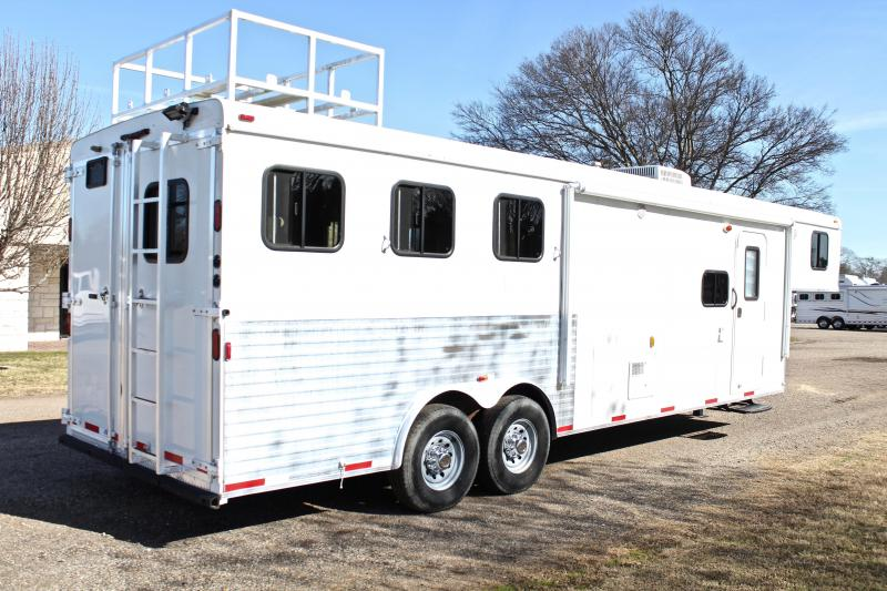 2012 Bison 3 Horse 10ft Shortwall with Mangers