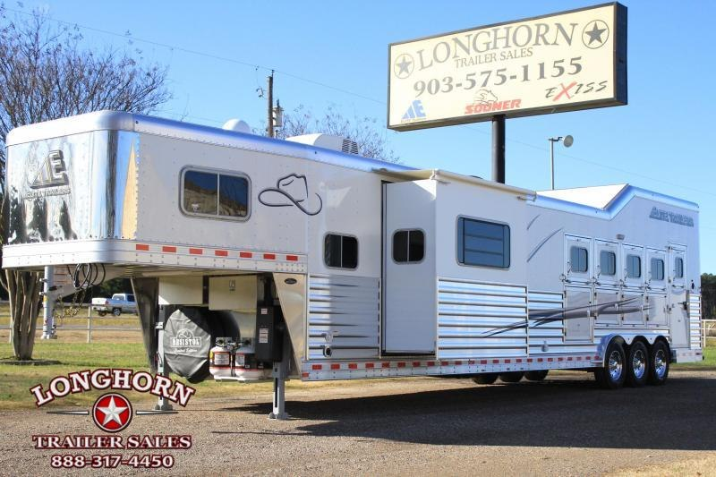 2019 Elite 5 Horse 15ft Shortwall Reverse Load with Slide