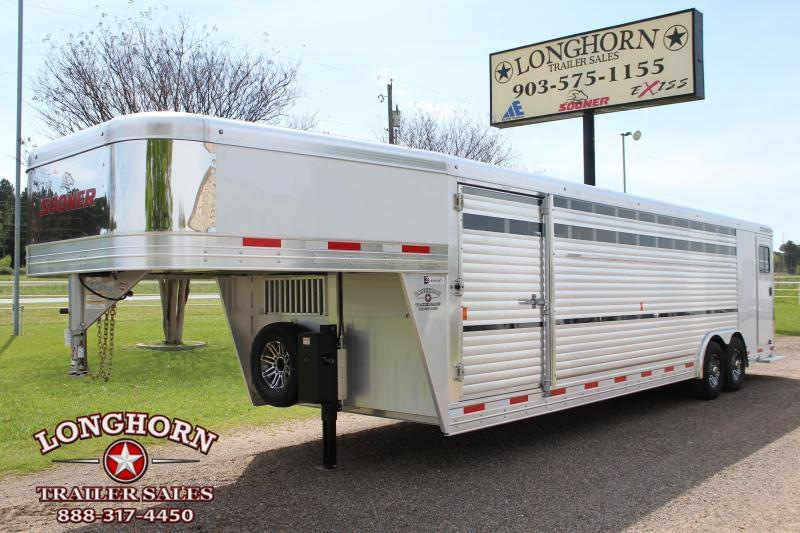 2019 Sooner 28ft Show Cattle Front Load with Back Tack