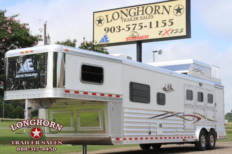2012 Elite 3 Horse 12.8ft Living Quarter by Trail Boss
