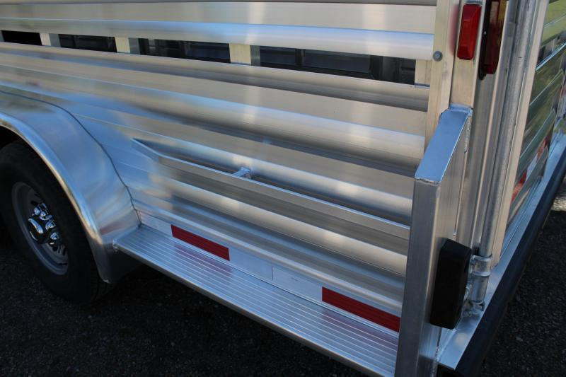 2019 Exiss 24ft Show Cattle/Stock Trailer with Side Ramp