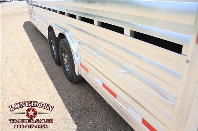 2019 Exiss 28' Stock Combo with Dressing Room & Side Ramp