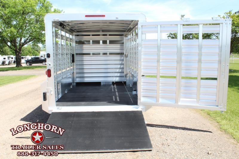 2019 Exiss 24ft Show Cattle Combo with 4 Pens