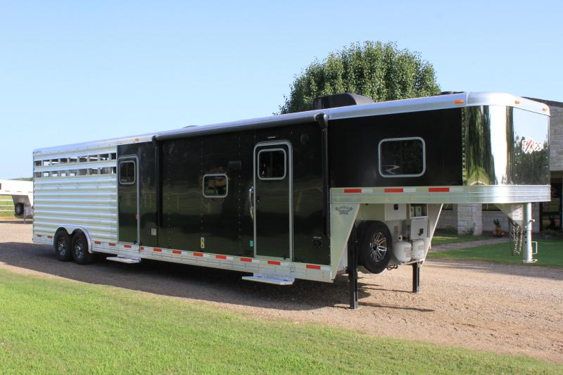 2017 Exiss 12ft Shortwall Stock LQ with Slide out
