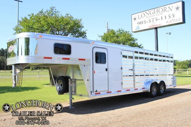 2019 Exiss 24' Show Cattle Combo with Side Ramp at Rear