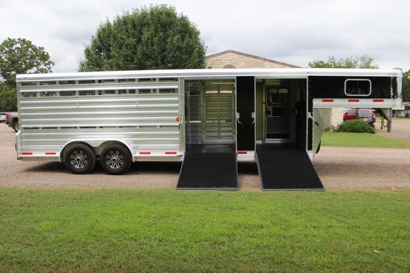 2020 Exiss 24ft Show Cattle Combo with Two Side Ramps