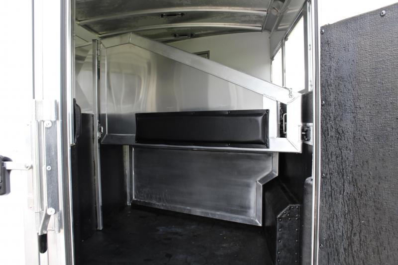 2018 Elite 3 Horse 10.8ft Shortwall with Sofa at Riser Wall