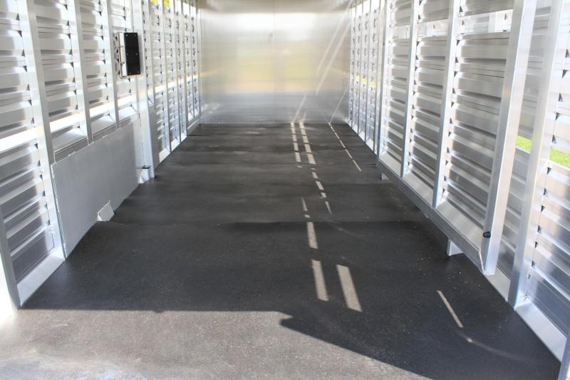 2020 Exiss 24ft Show Cattle with 6ft Tack Room and Side Ramp