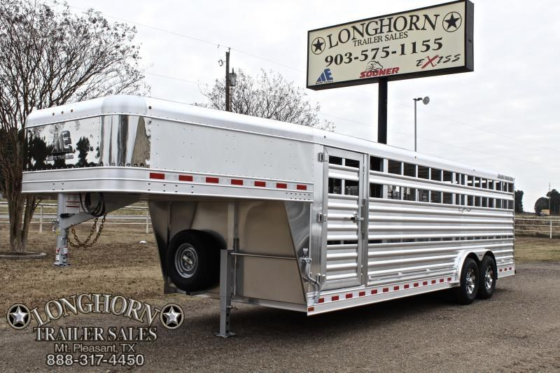 2018 Elite 24ft x 8ft Show Stock with Side Ramp