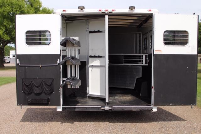 2005 Sundowner Trailers 3 Horse 10ft Shortwall with Midtack Horse Trailer