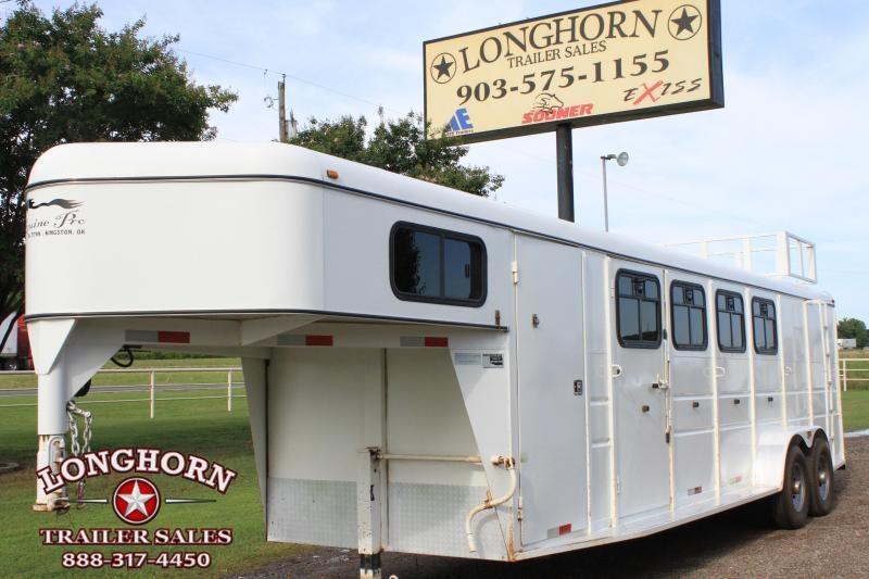 2010 Titan 4 Horse / Big Back Stall  in Ashburn, VA
