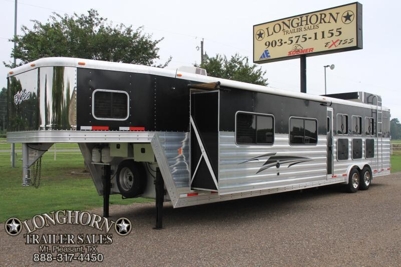 2013 Exiss  4 Horse 14ft LQ with Super Slide