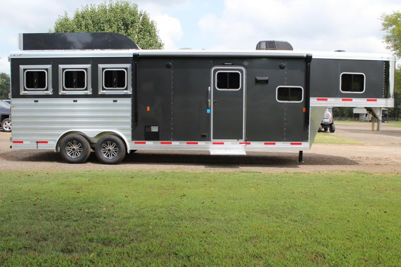 2020 Exiss 3 Horse with 3 Horse with 10ft Shortwall w/ Generator