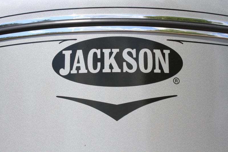 2020 Jackson  16' Low Pro / 6 Pen Bp