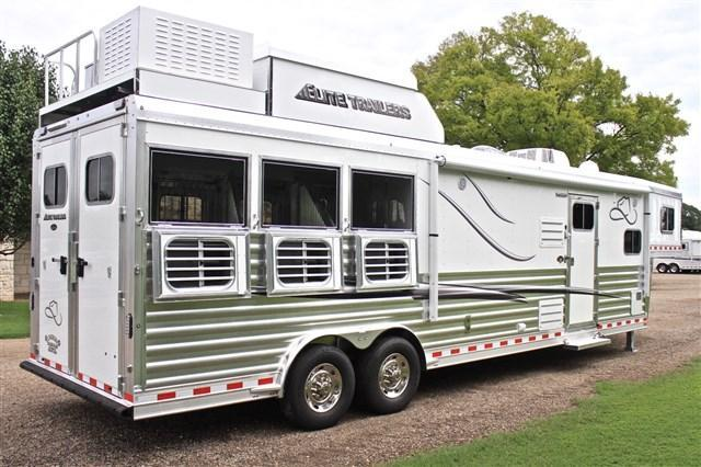 2018 Elite Trailers 3 Horse 14 Shortwall with Slide Out and Haypod Horse Trailer