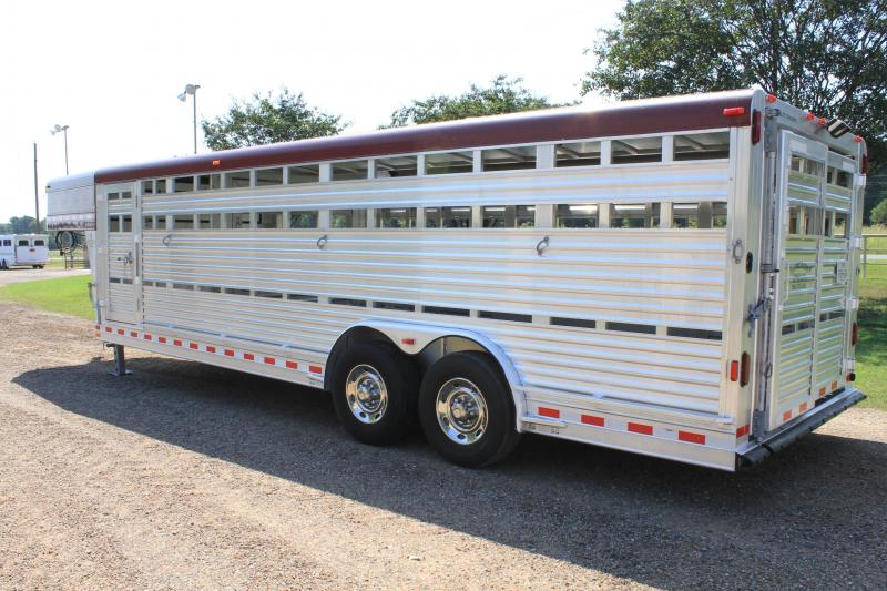 2008 Elite Trailers 8' x 24' Show Cattle w/ Side Ramp