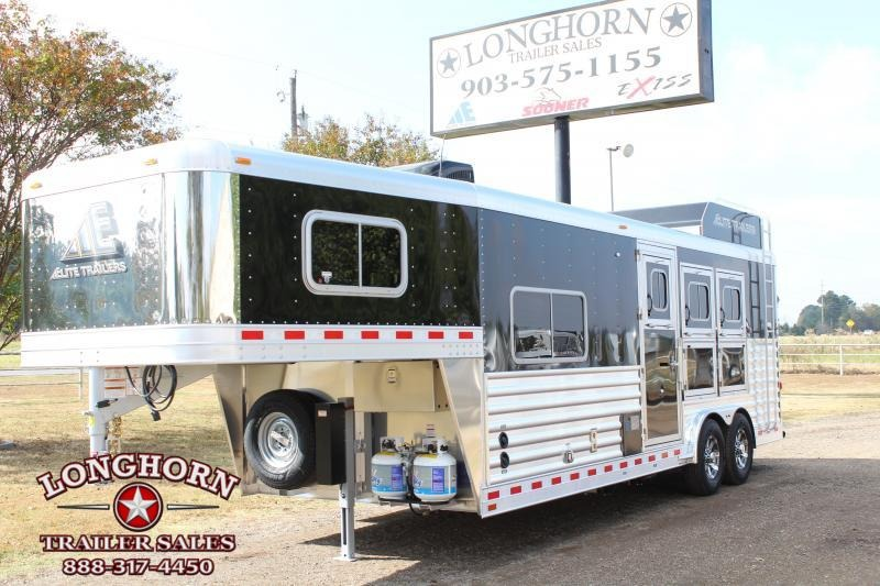 2019 Elite Trailers 3 Horse 8.8 Shortwall with Hayrack in TX