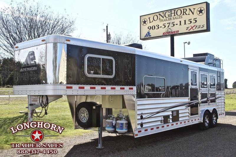 2019 Elite  3 Horse 10.8ft Shortwall with Generator