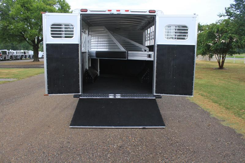 2019 Elite 9 Horse 8ft Wide without Mangers