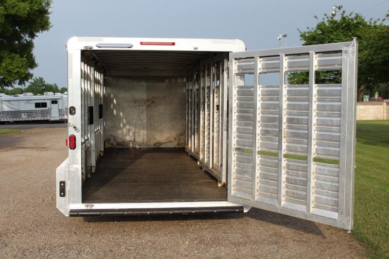 2017 Exiss Trailers 28ft Show Cattle with Side Ramp In Tack Room Livestock Trailer