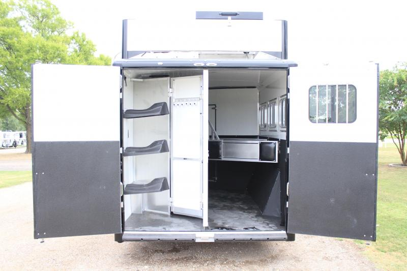 2019 Sundowner 3 Horse with 11.5ft Shortwall and Generator